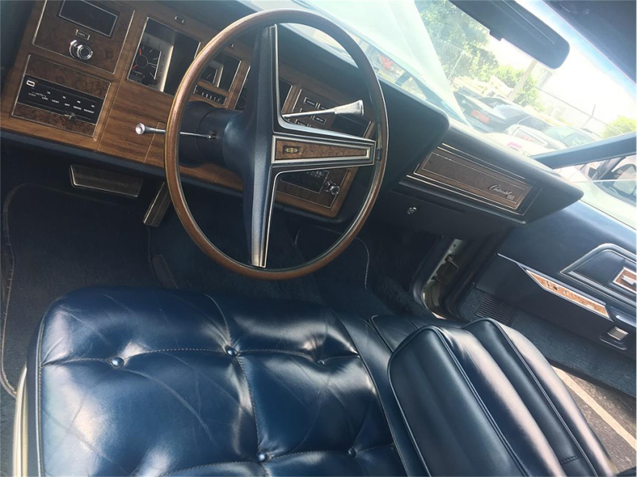 Large Picture of Classic '72 Lincoln Continental Mark IV - LEKY