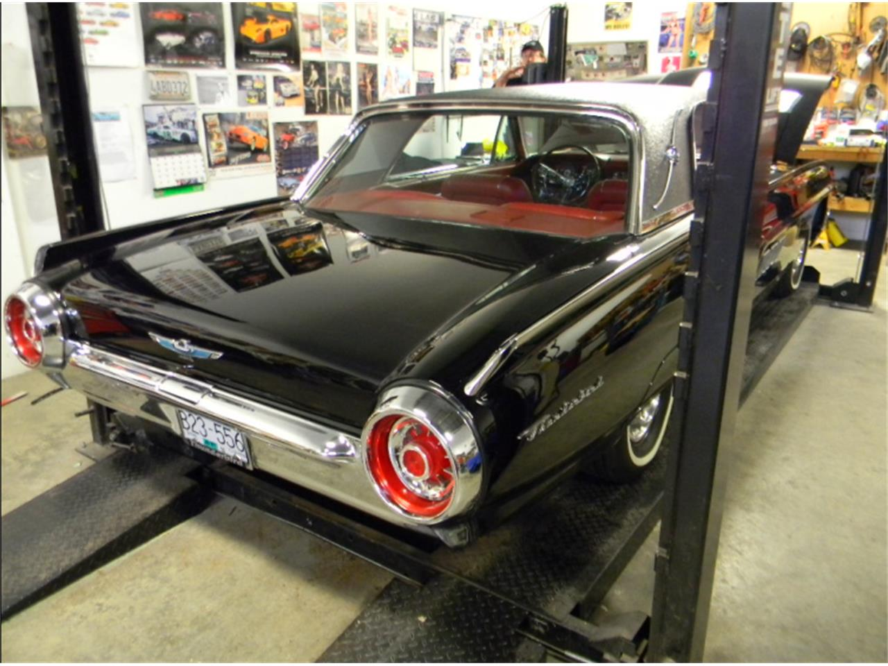 Large Picture of '63 Thunderbird  - LELI