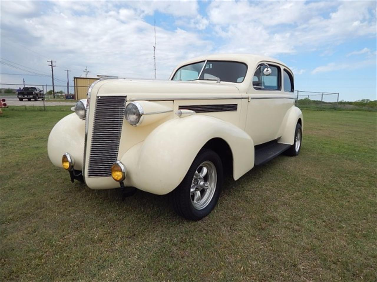 Large Picture of Classic 1937 Buick Special located in Wichita Falls Texas Offered by Lone Star Muscle Cars - L8K6