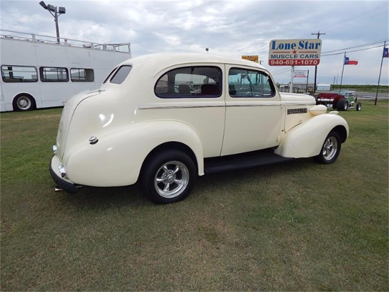 Large Picture of '37 Buick Special - $17,900.00 - L8K6
