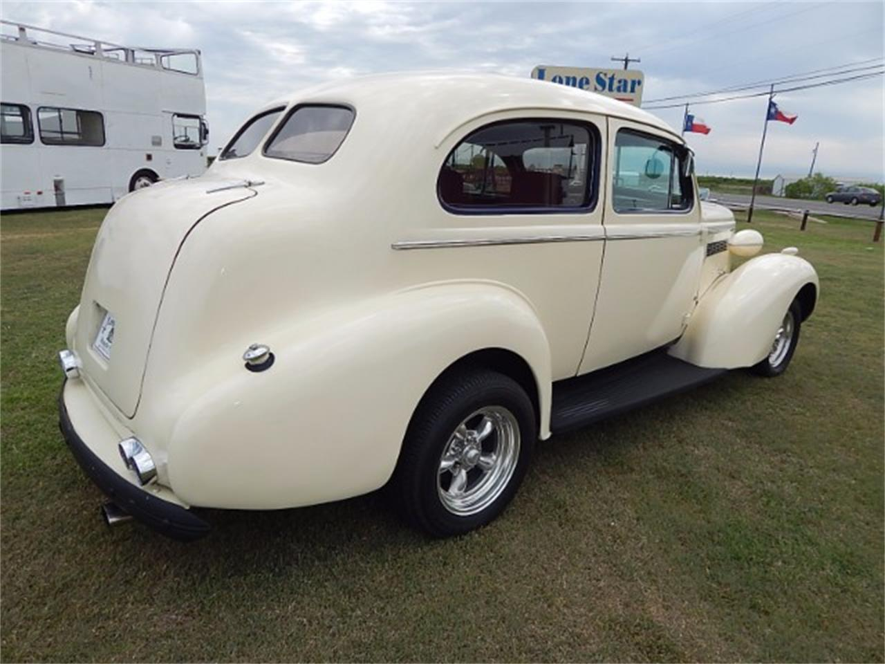 Large Picture of Classic 1937 Buick Special located in Texas - $17,900.00 - L8K6
