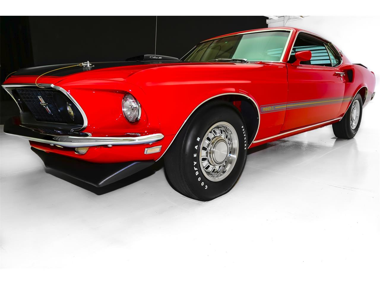 Large Picture of '69 Ford Mustang located in Iowa - $69,900.00 - LEMI