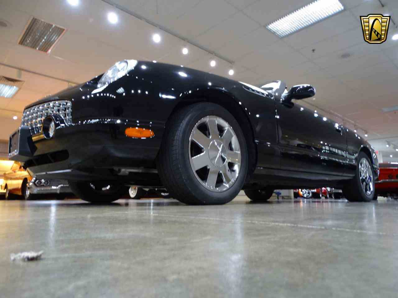 Large Picture of 2002 Ford Thunderbird - LEN7