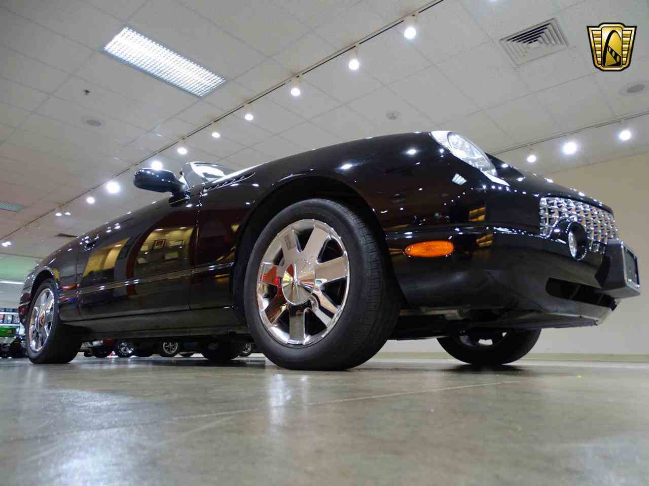Large Picture of 2002 Ford Thunderbird located in Illinois Offered by Gateway Classic Cars - St. Louis - LEN7