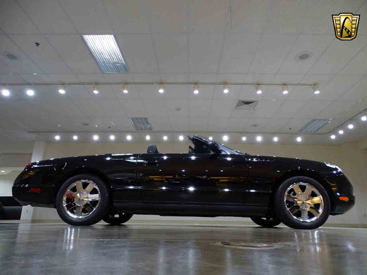 Large Picture of 2002 Thunderbird located in Illinois - $19,595.00 Offered by Gateway Classic Cars - St. Louis - LEN7