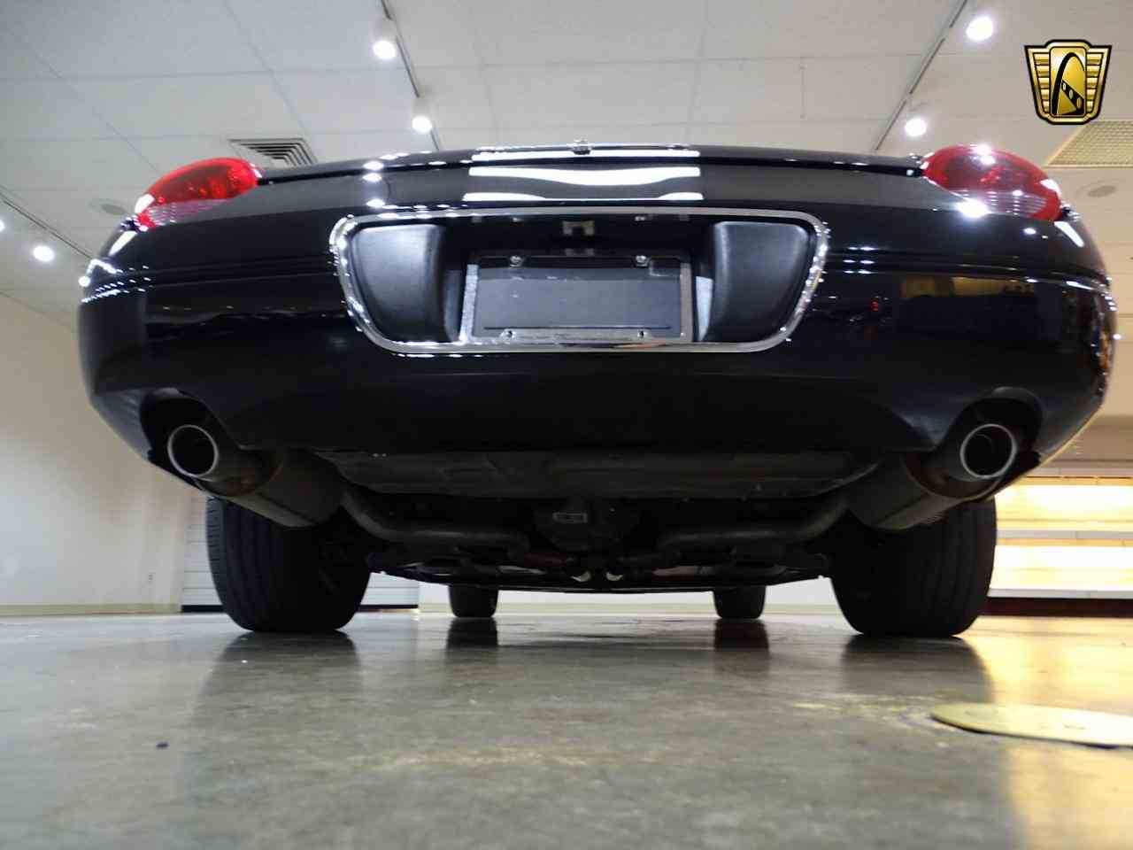 Large Picture of '02 Ford Thunderbird Offered by Gateway Classic Cars - St. Louis - LEN7
