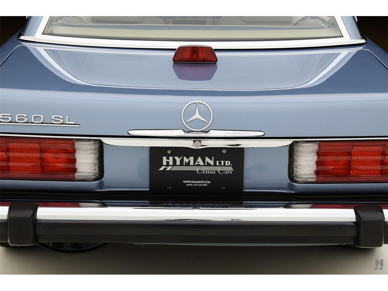 Large Picture of '87 Mercedes-Benz 560SL located in Missouri Offered by Hyman Ltd. Classic Cars - LENL