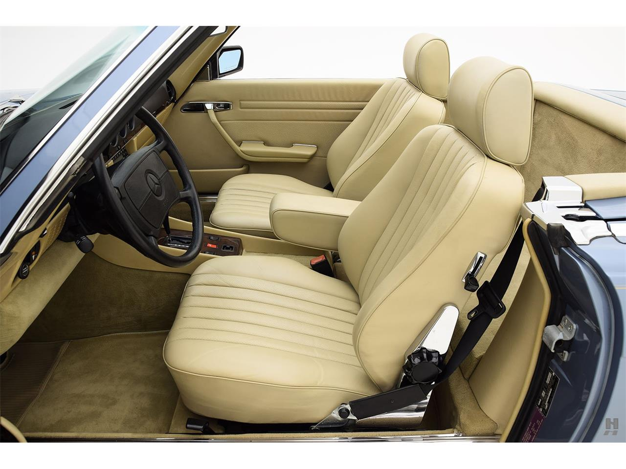 Large Picture of '87 560SL located in Saint Louis Missouri - $48,500.00 Offered by Hyman Ltd. Classic Cars - LENL