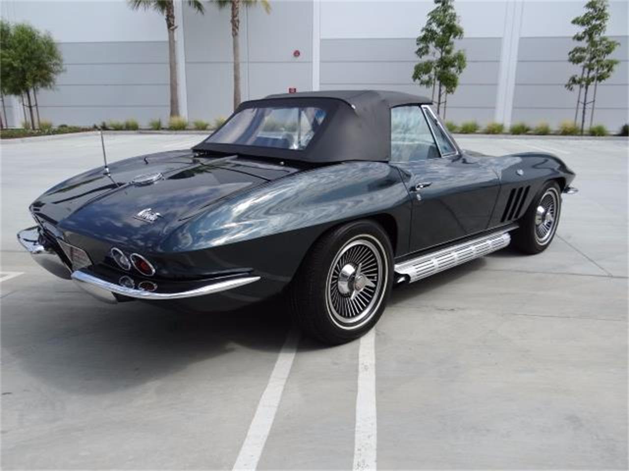 Large Picture of '66 Chevrolet Corvette - LEPG