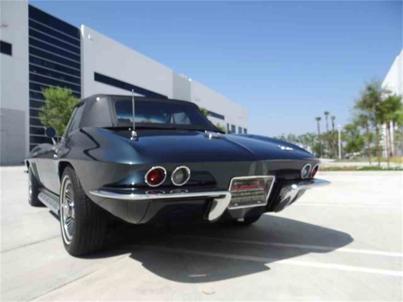 Large Picture of '66 Corvette - LEPG