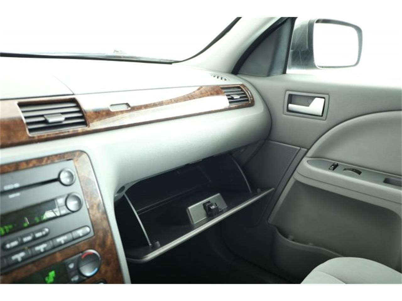 Large Picture of 2005 Five Hundred located in Lynnwood Washington - $6,995.00 Offered by Carson Cars - LER1