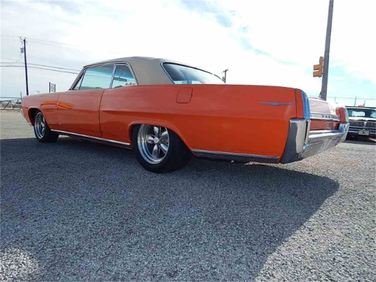 Large Picture of '64 Catalina - L8KQ