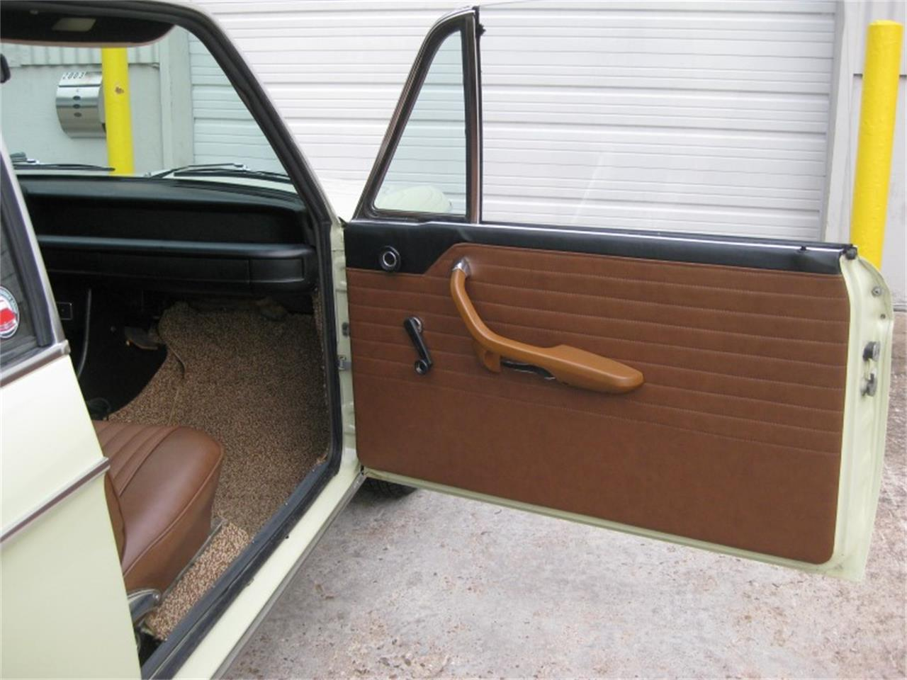 Large Picture of 1969 BMW 1600 located in Texas Offered by ANX Motors Inc. - LES1