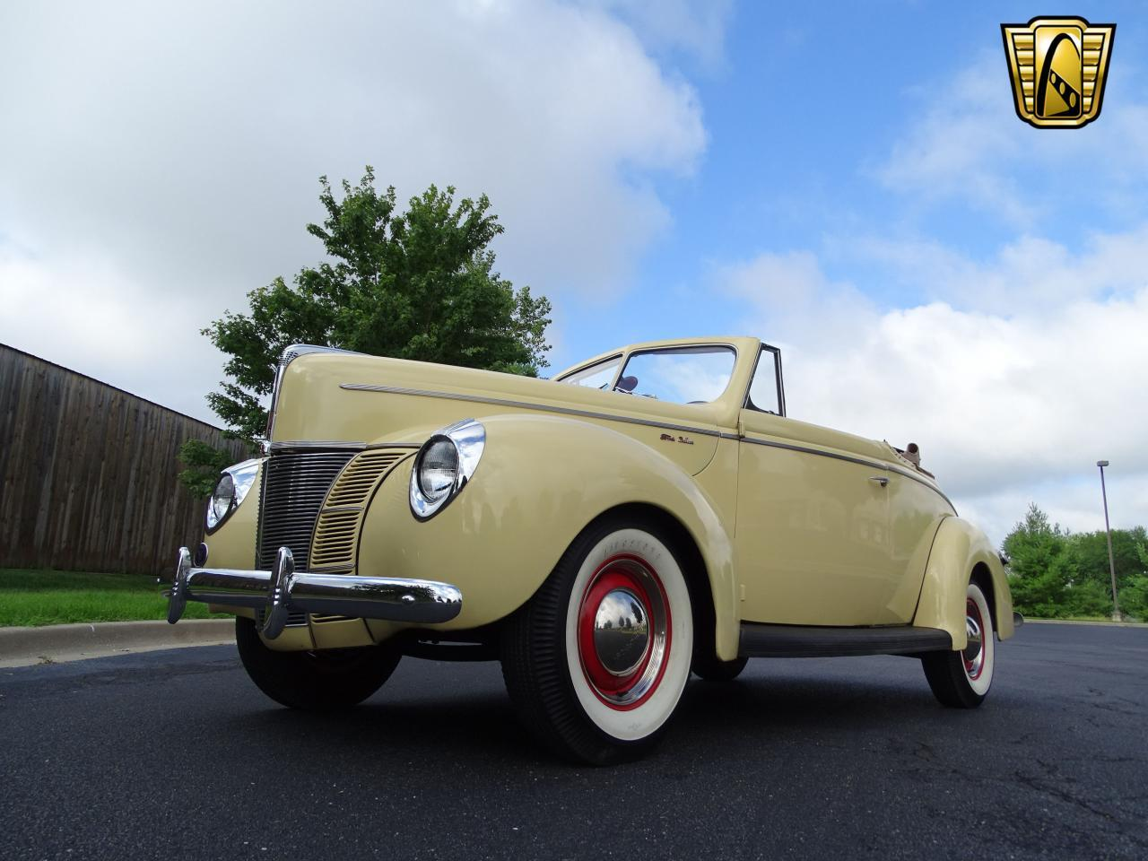 Large Picture of 1940 Ford 2-Dr Coupe located in O'Fallon Illinois Offered by Gateway Classic Cars - St. Louis - LETL
