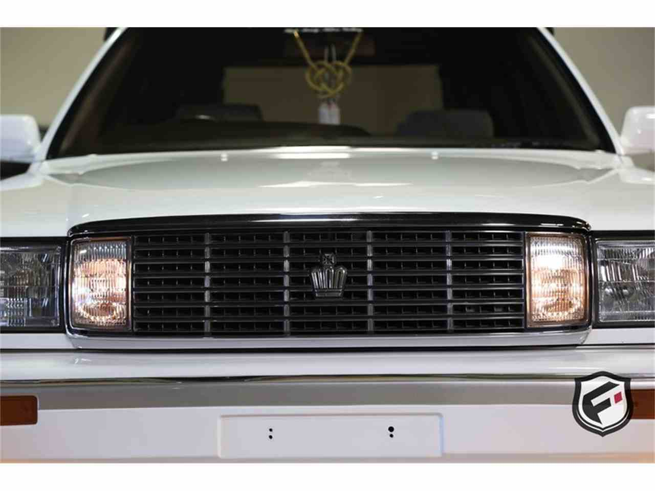 Large Picture of '89 Crown - LEU5