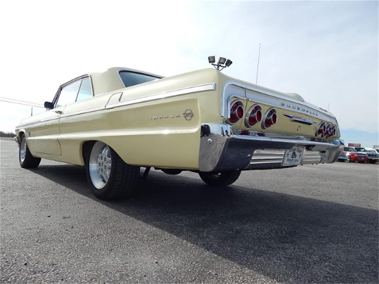 Large Picture of '64 Chevrolet Impala SS - L8L6