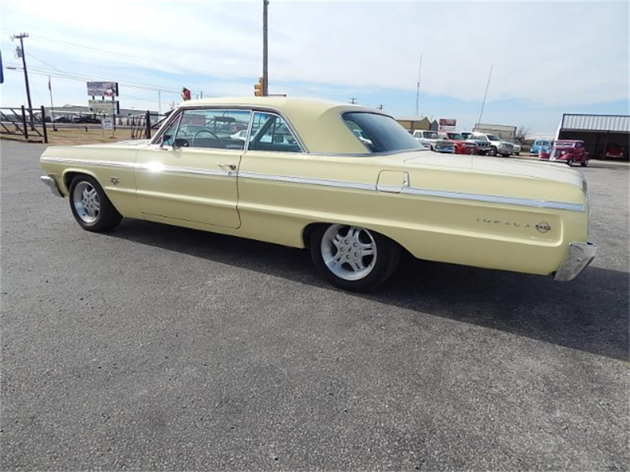 Large Picture of 1964 Impala SS located in Texas - L8L6