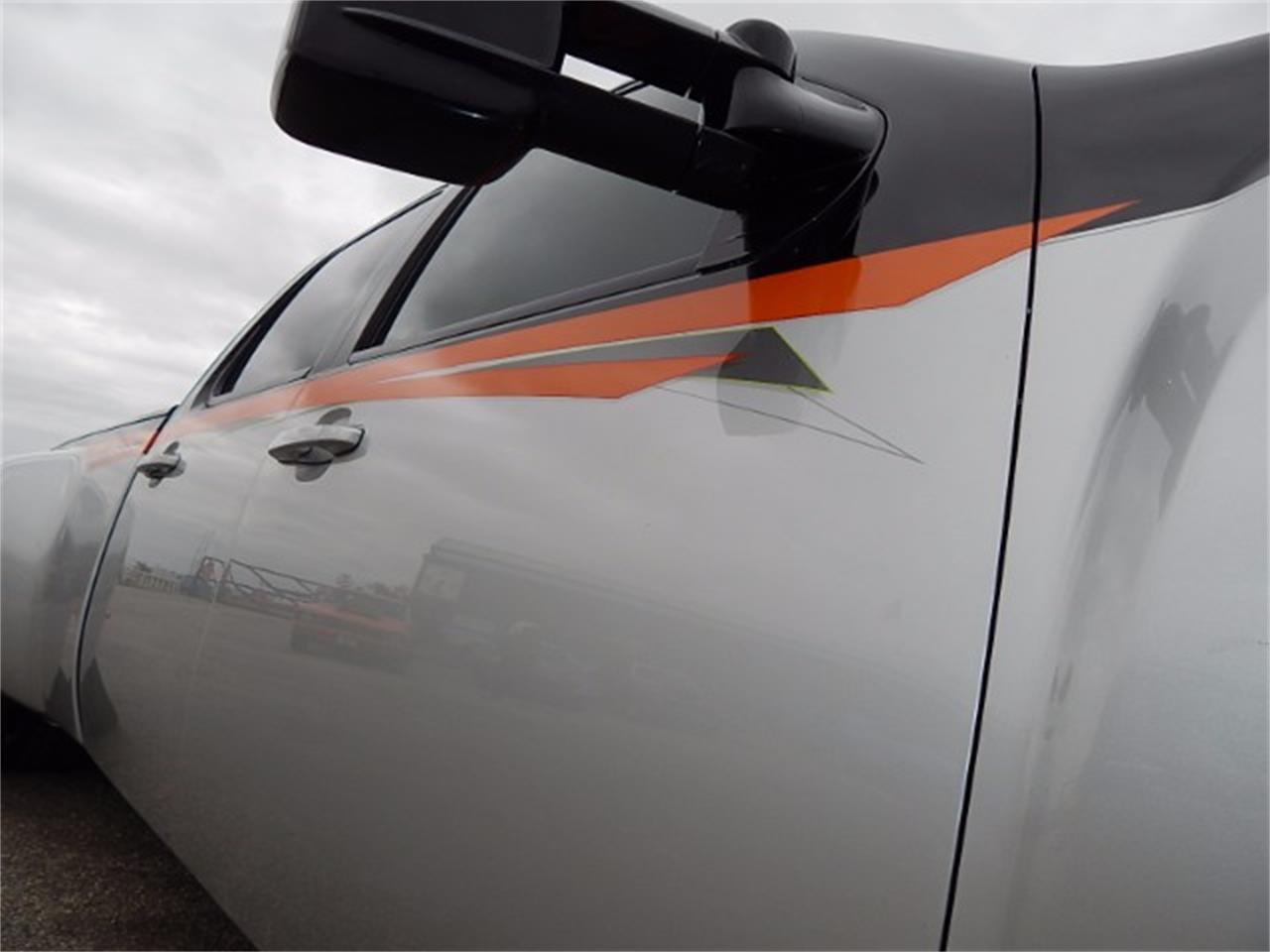 Large Picture of '11 Chevrolet Silverado - L8L9