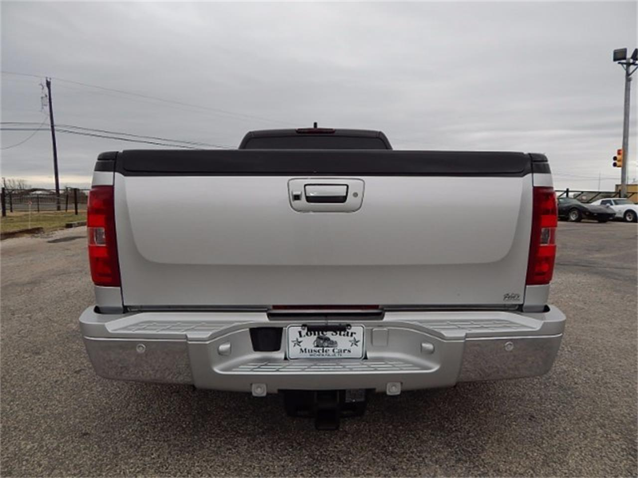 Large Picture of '11 Silverado located in Wichita Falls Texas - $55,000.00 - L8L9