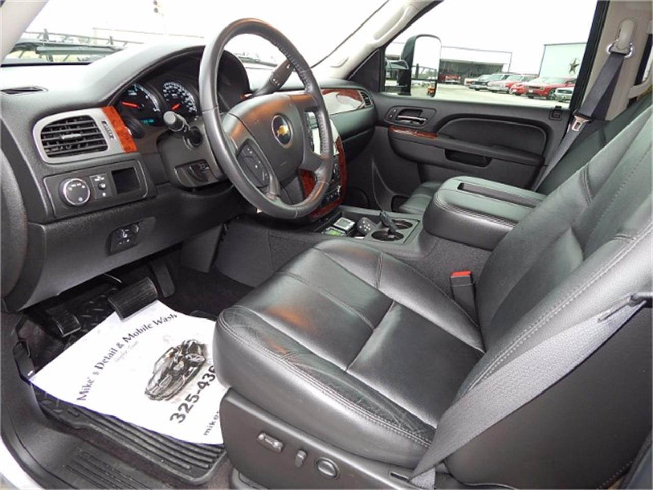 Large Picture of '11 Silverado located in Texas - $55,000.00 Offered by Lone Star Muscle Cars - L8L9