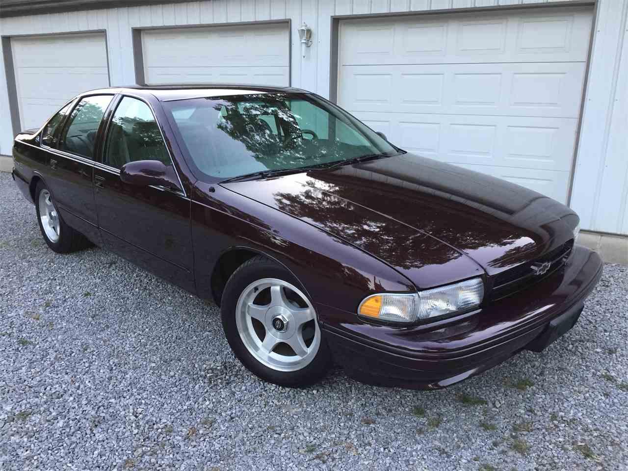 Large Picture of '96 Impala SS located in Eldorado Illinois - $17,000.00 - LEX3