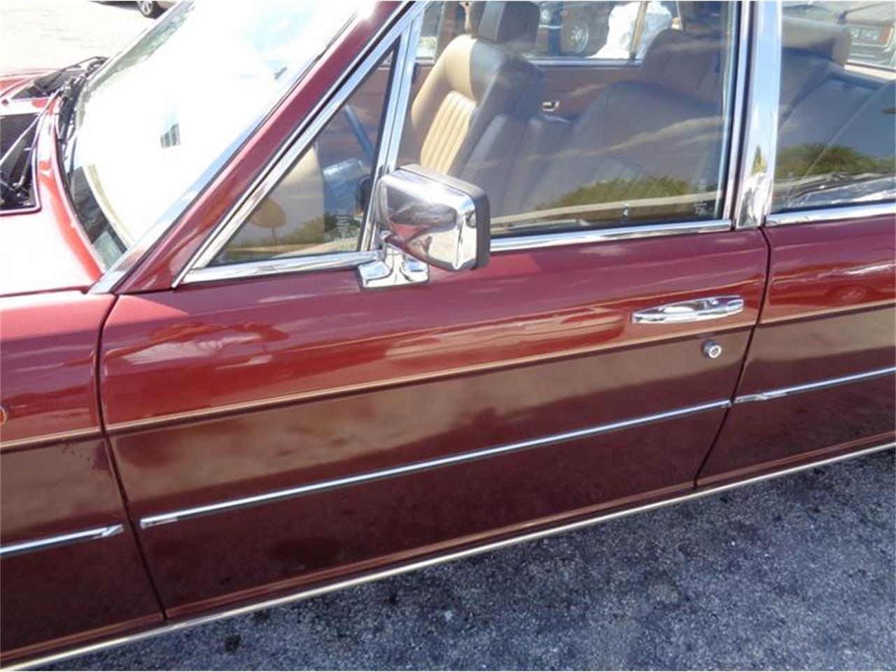 Large Picture of '84 Rolls-Royce Silver Spur located in Fort Lauderdale Florida - LEY9