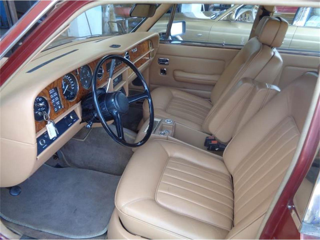 Large Picture of 1984 Rolls-Royce Silver Spur - LEY9
