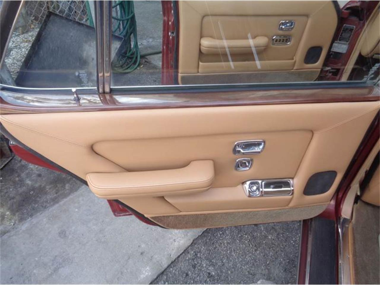 Large Picture of '84 Rolls-Royce Silver Spur - $14,950.00 Offered by Prestigious Euro Cars - LEY9