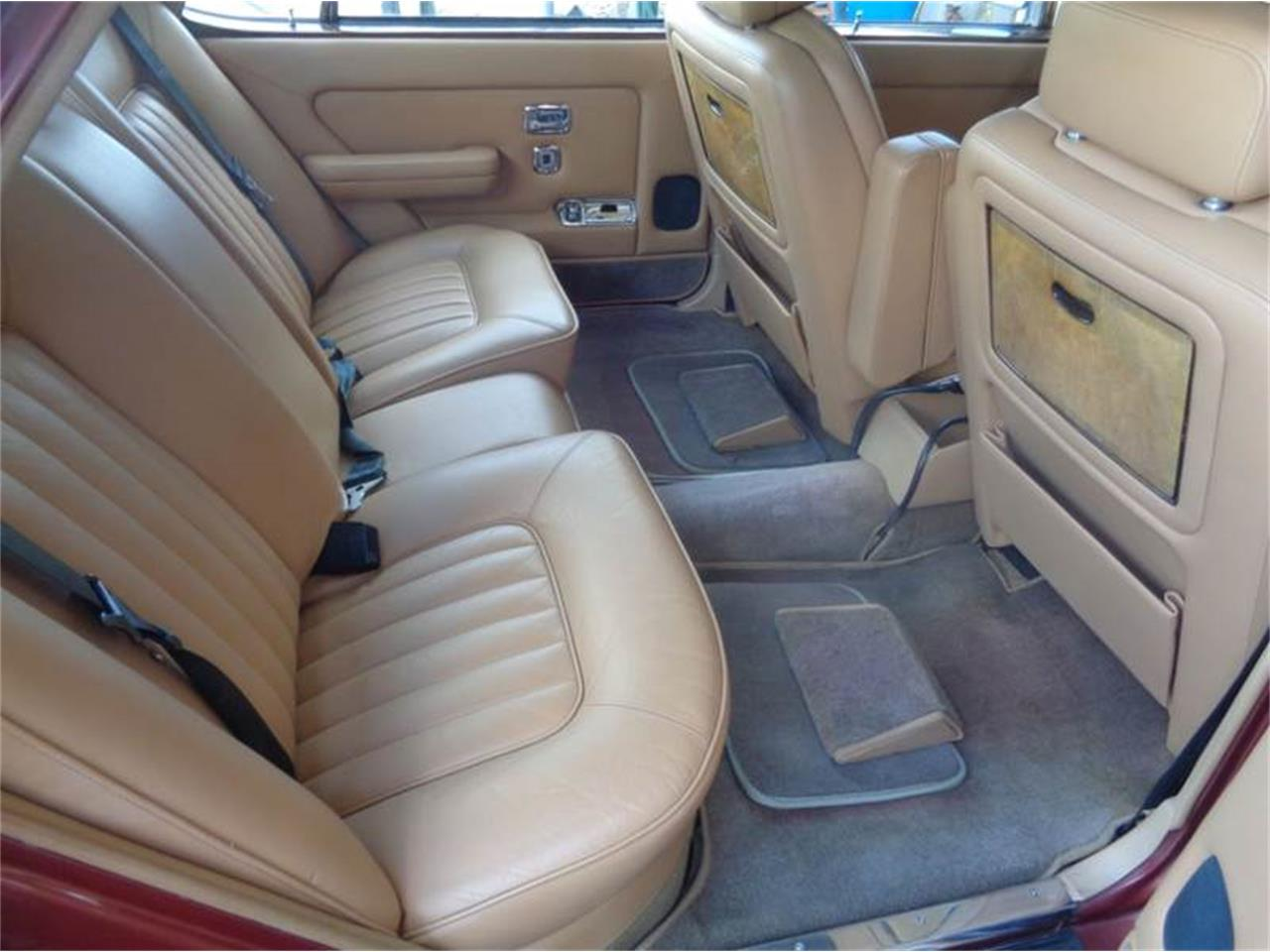 Large Picture of '84 Rolls-Royce Silver Spur Offered by Prestigious Euro Cars - LEY9