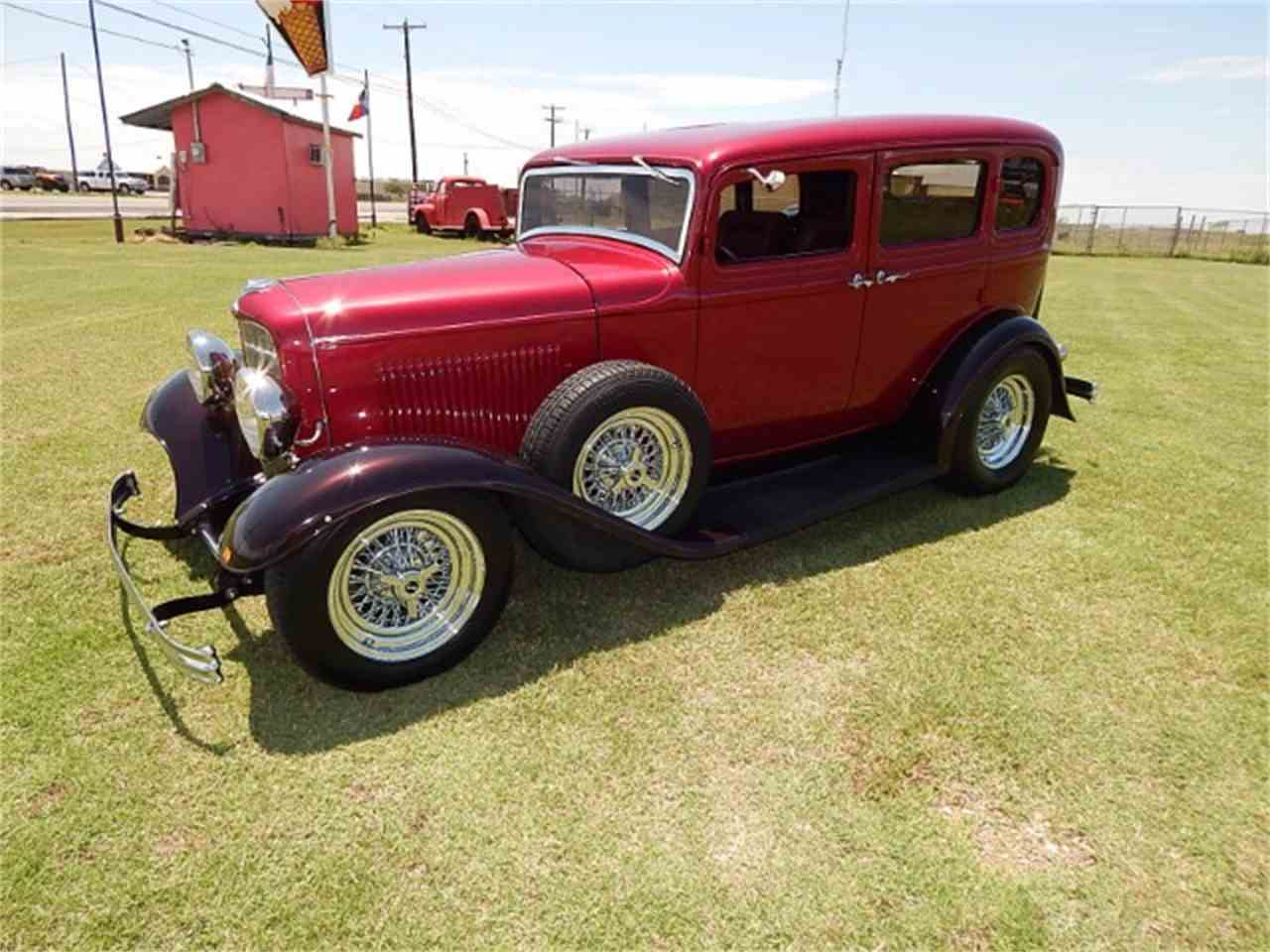1932 ford victoria for sale cc 990919. Black Bedroom Furniture Sets. Home Design Ideas