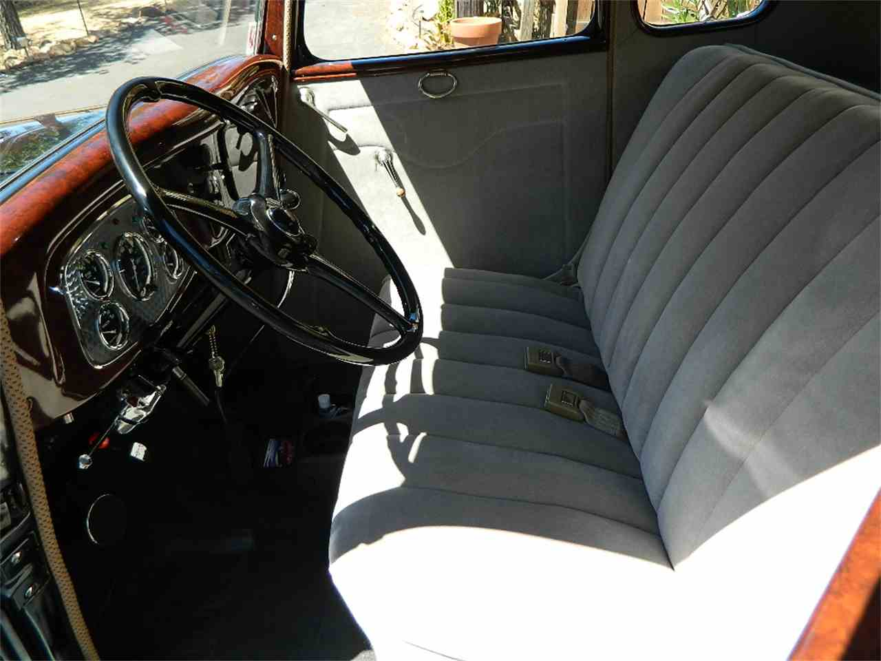 Large Picture of '33 5-Window Coupe - LEZQ