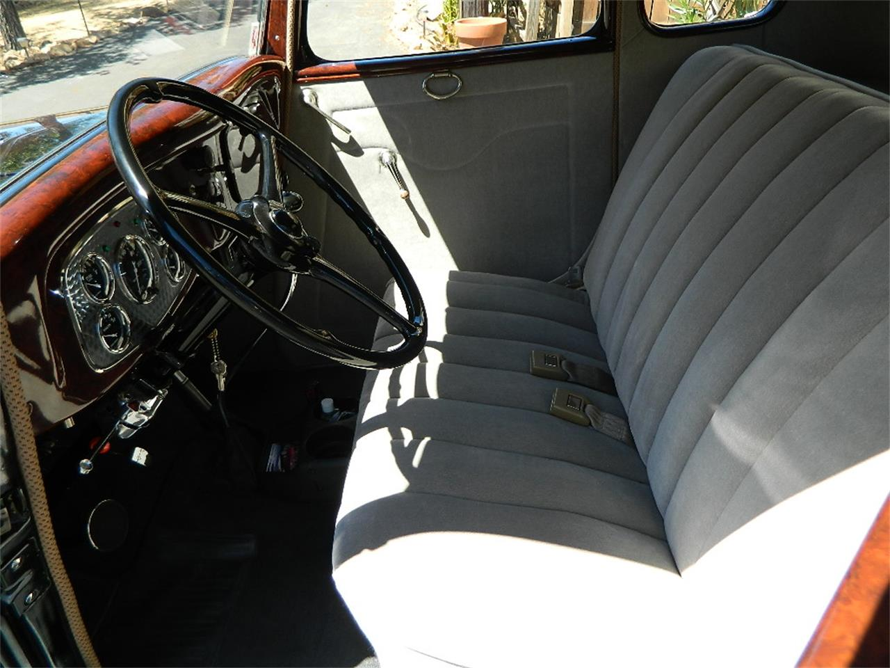 Large Picture of 1933 Ford 5-Window Coupe located in Orange California - LEZQ