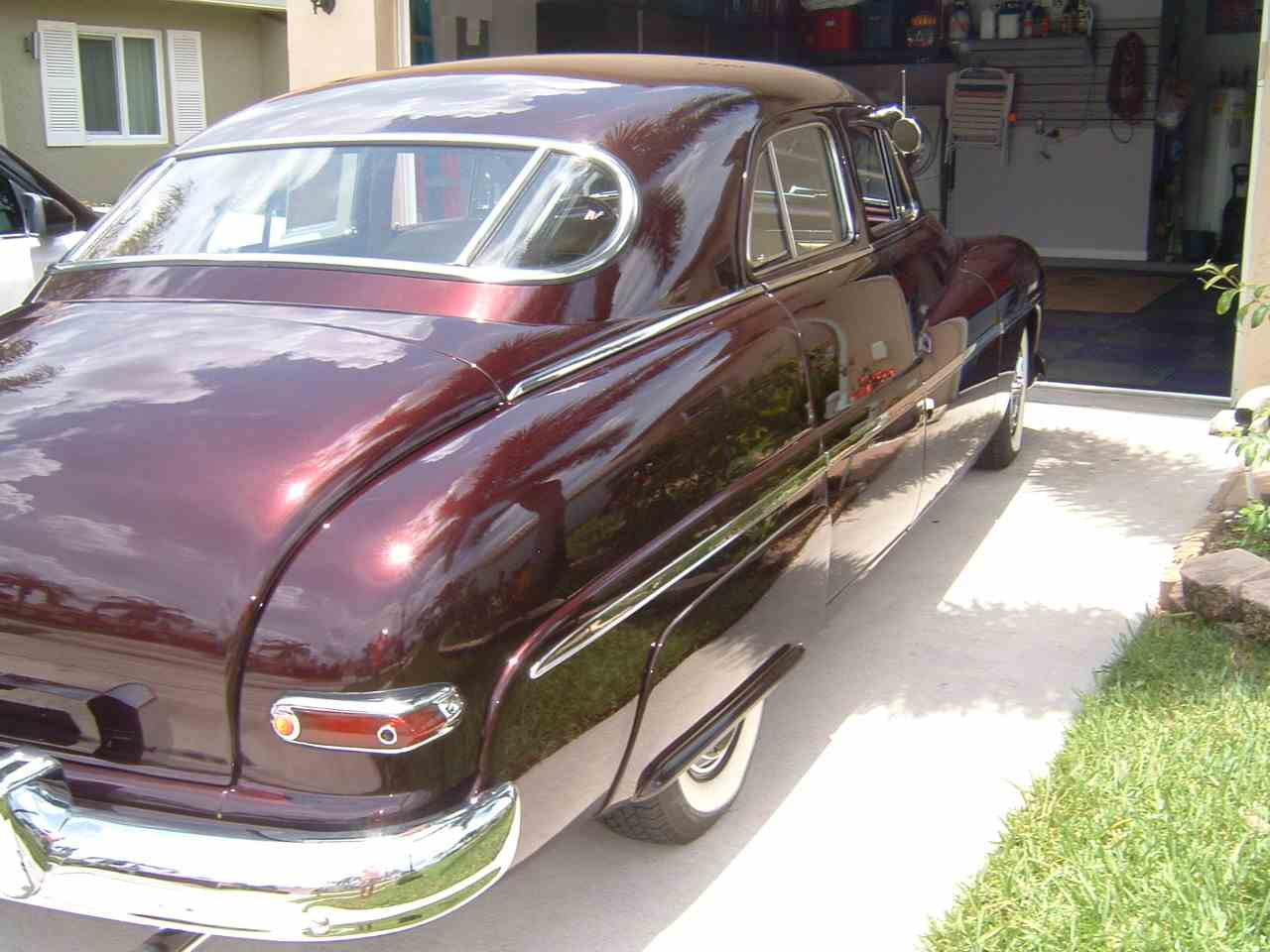 Large Picture of '49 4-Dr Sedan - LF09