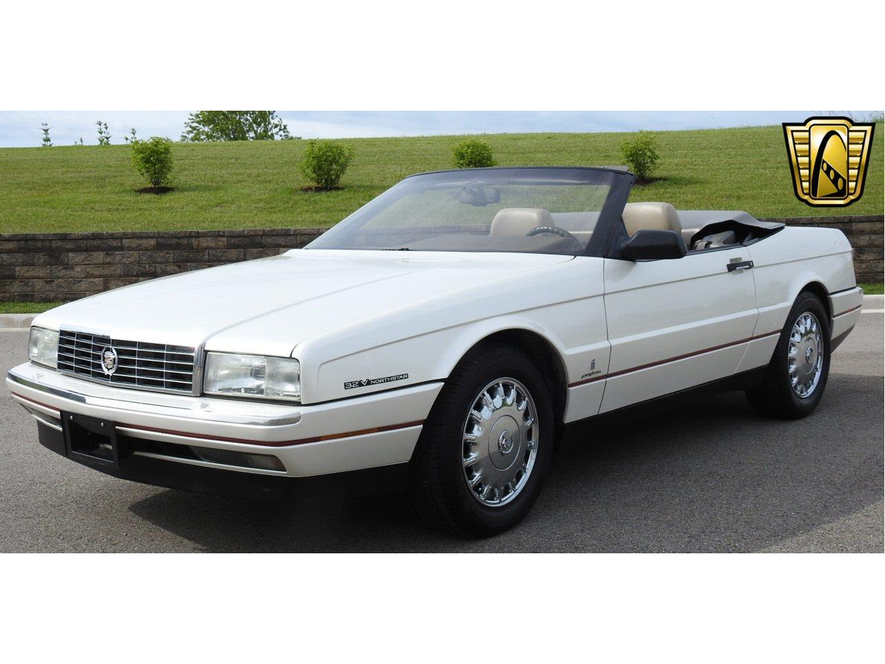 Large Picture of '93 Cadillac Allante located in Kenosha Wisconsin - $10,995.00 Offered by Gateway Classic Cars - Milwaukee - LF3Y