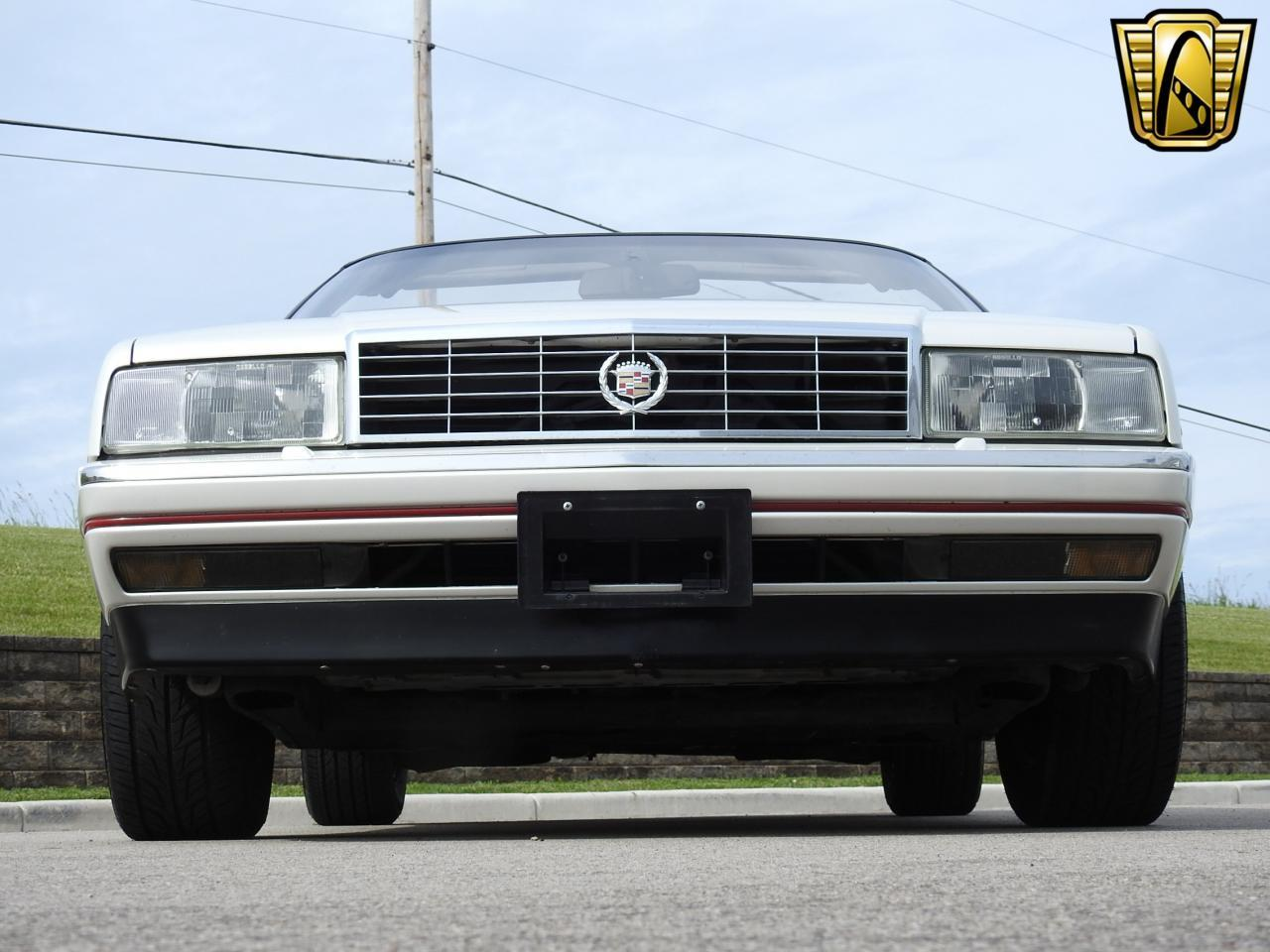 Large Picture of '93 Cadillac Allante located in Wisconsin - LF3Y