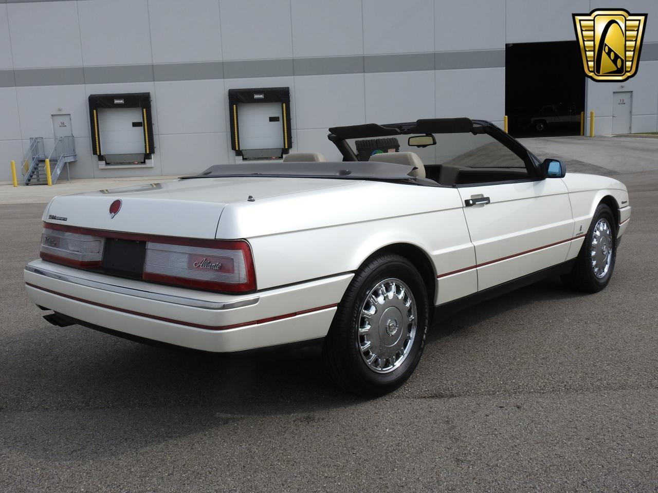 Large Picture of 1993 Cadillac Allante Offered by Gateway Classic Cars - Milwaukee - LF3Y