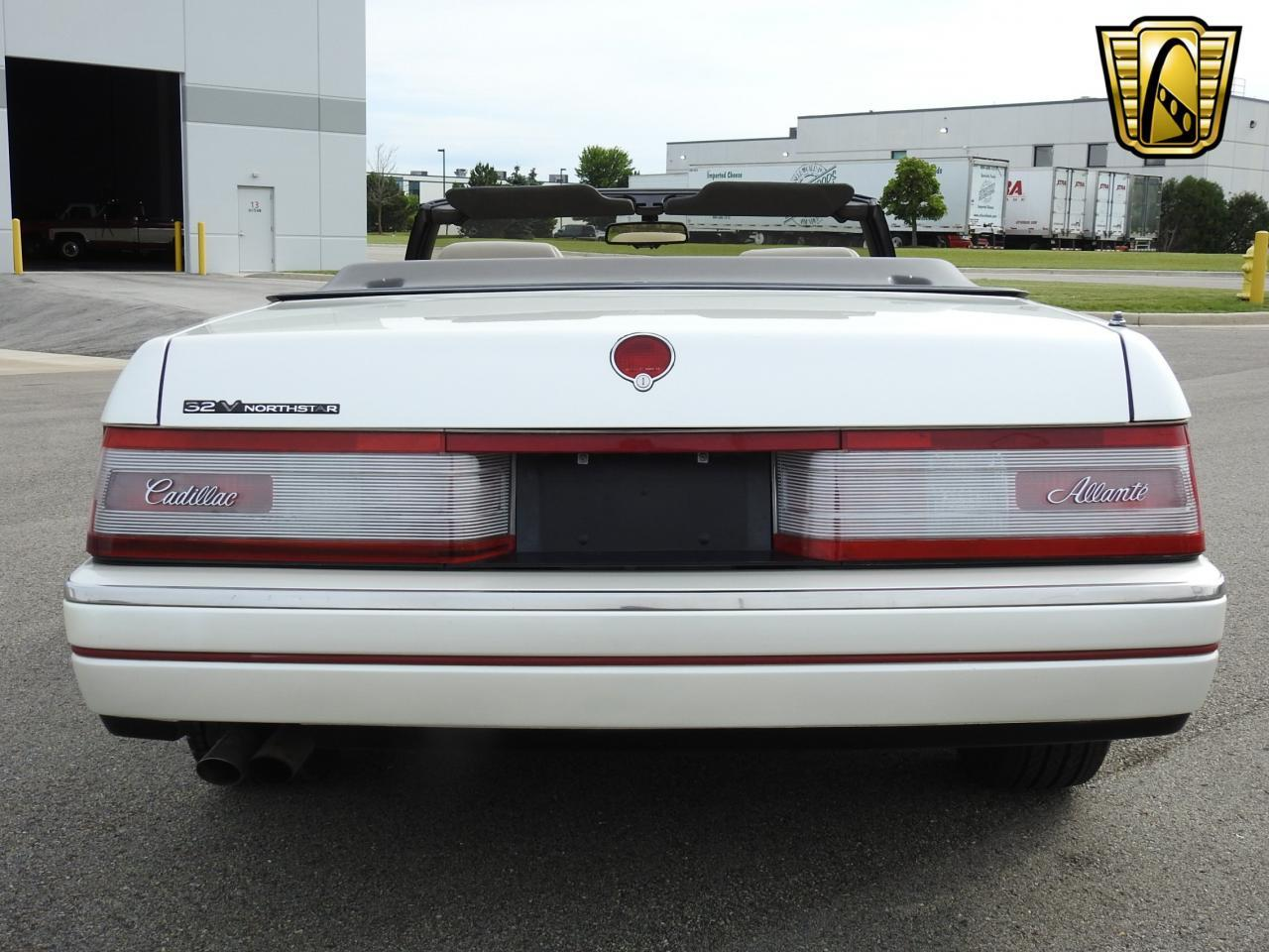 Large Picture of '93 Cadillac Allante Offered by Gateway Classic Cars - Milwaukee - LF3Y