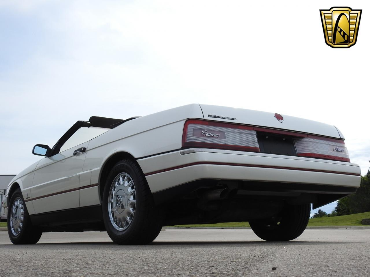 Large Picture of 1993 Cadillac Allante located in Wisconsin Offered by Gateway Classic Cars - Milwaukee - LF3Y
