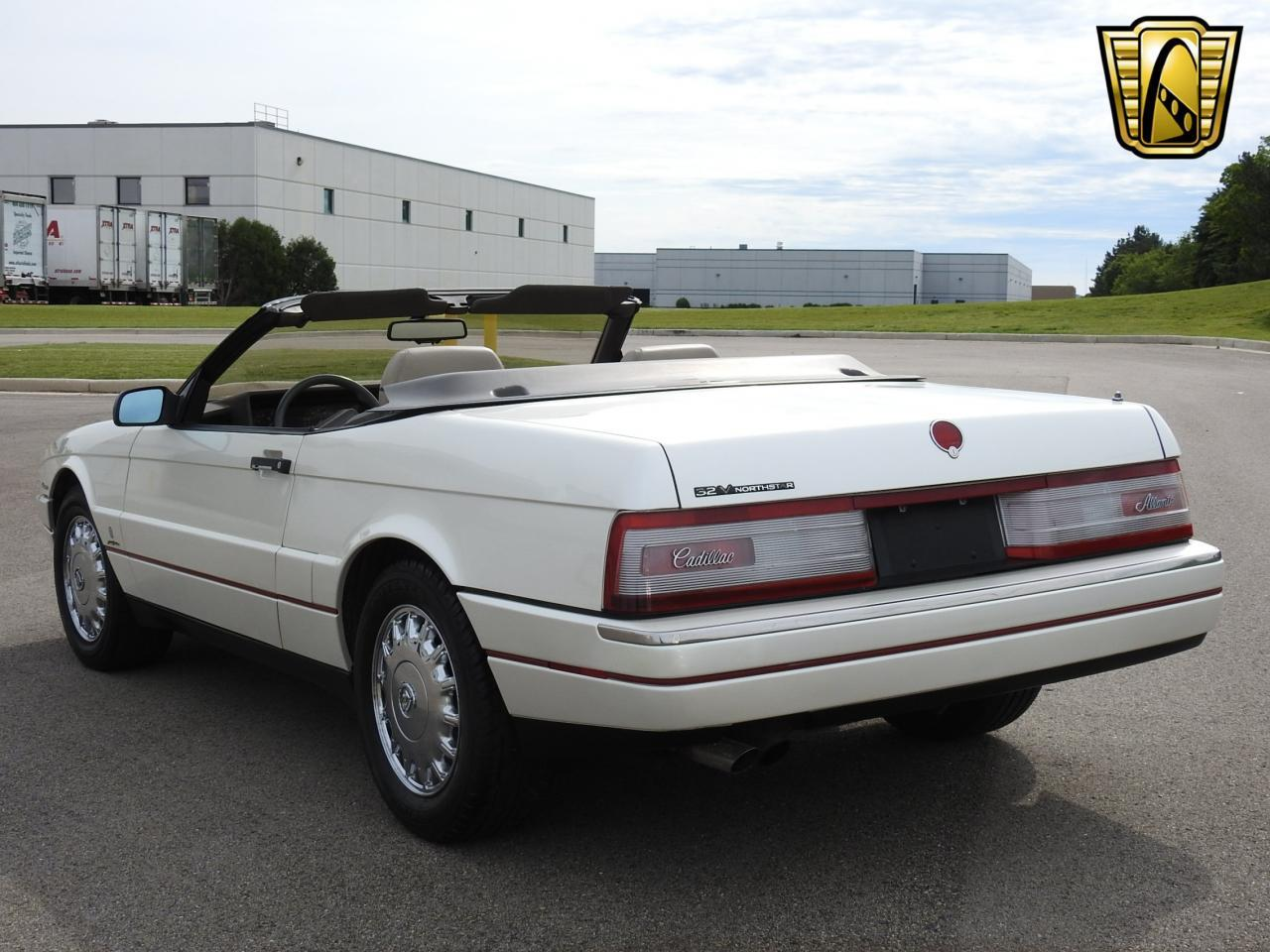 Large Picture of '93 Cadillac Allante located in Wisconsin - $10,995.00 Offered by Gateway Classic Cars - Milwaukee - LF3Y