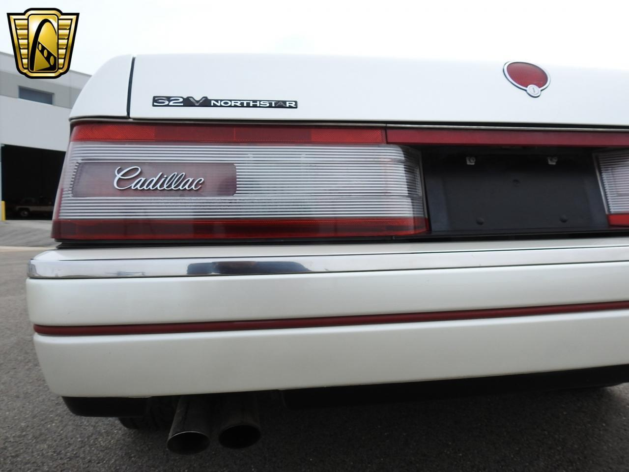 Large Picture of '93 Allante located in Kenosha Wisconsin Offered by Gateway Classic Cars - Milwaukee - LF3Y