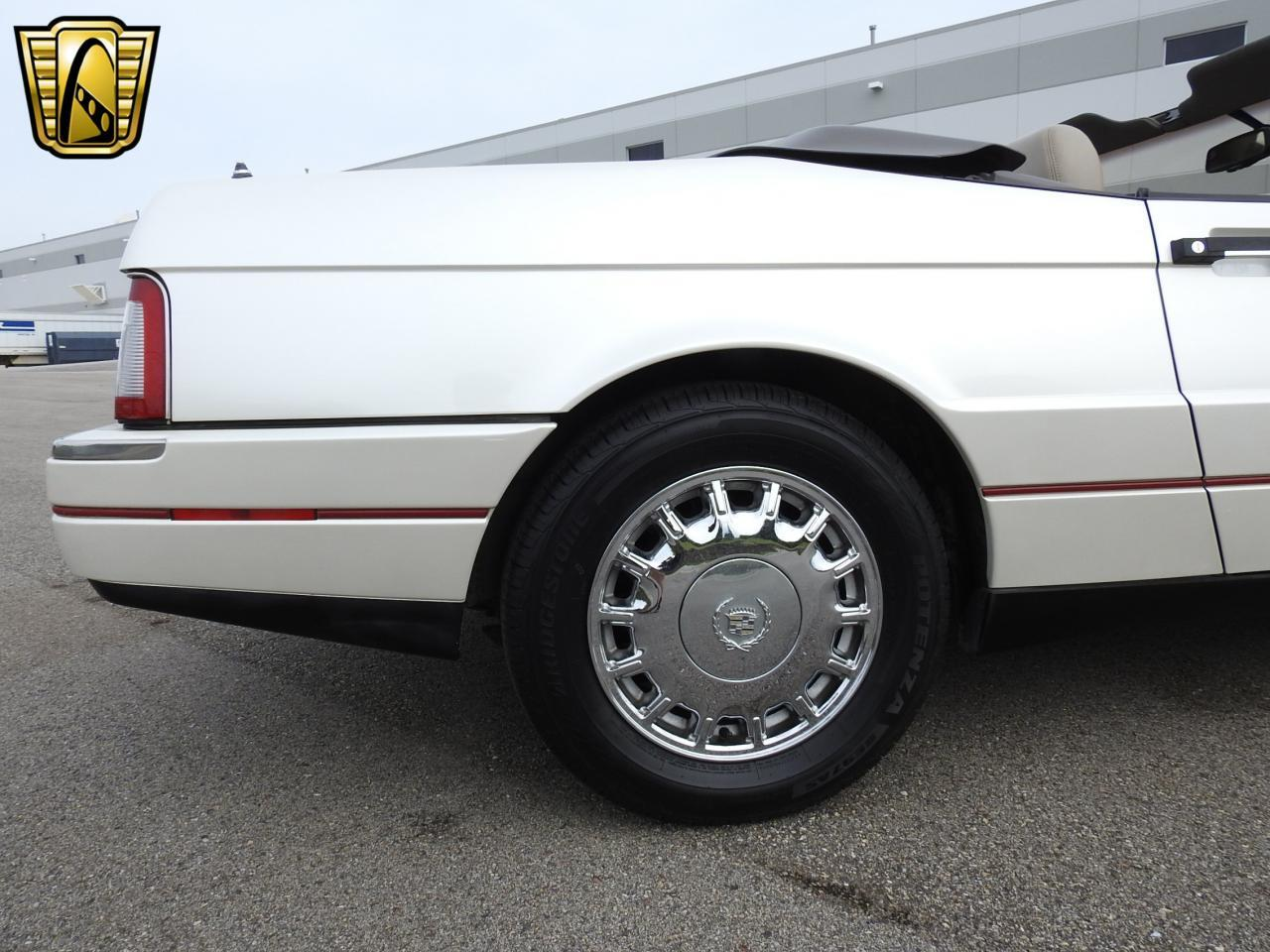 Large Picture of 1993 Allante located in Wisconsin Offered by Gateway Classic Cars - Milwaukee - LF3Y