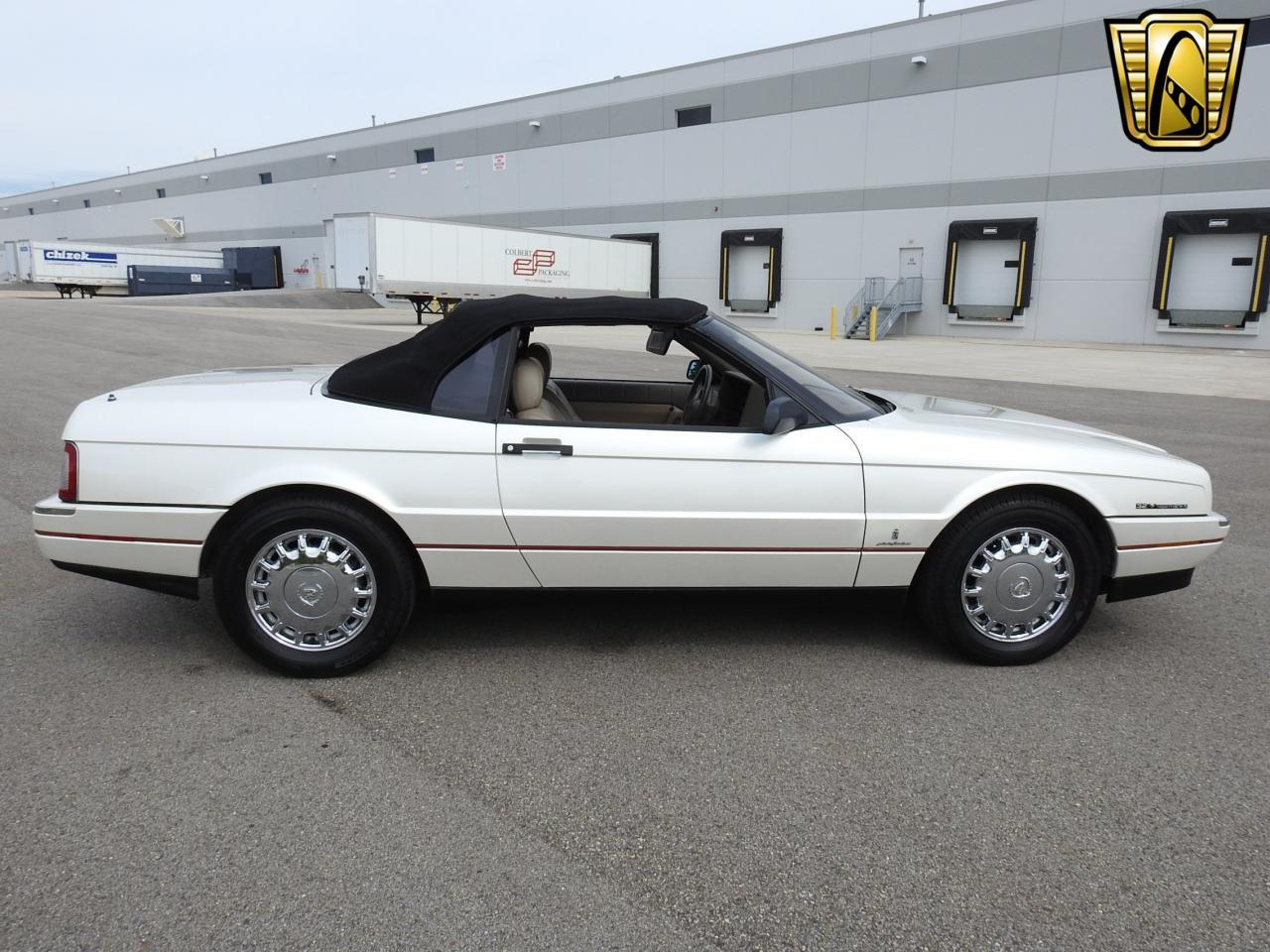 Large Picture of '93 Allante located in Wisconsin - $10,995.00 - LF3Y