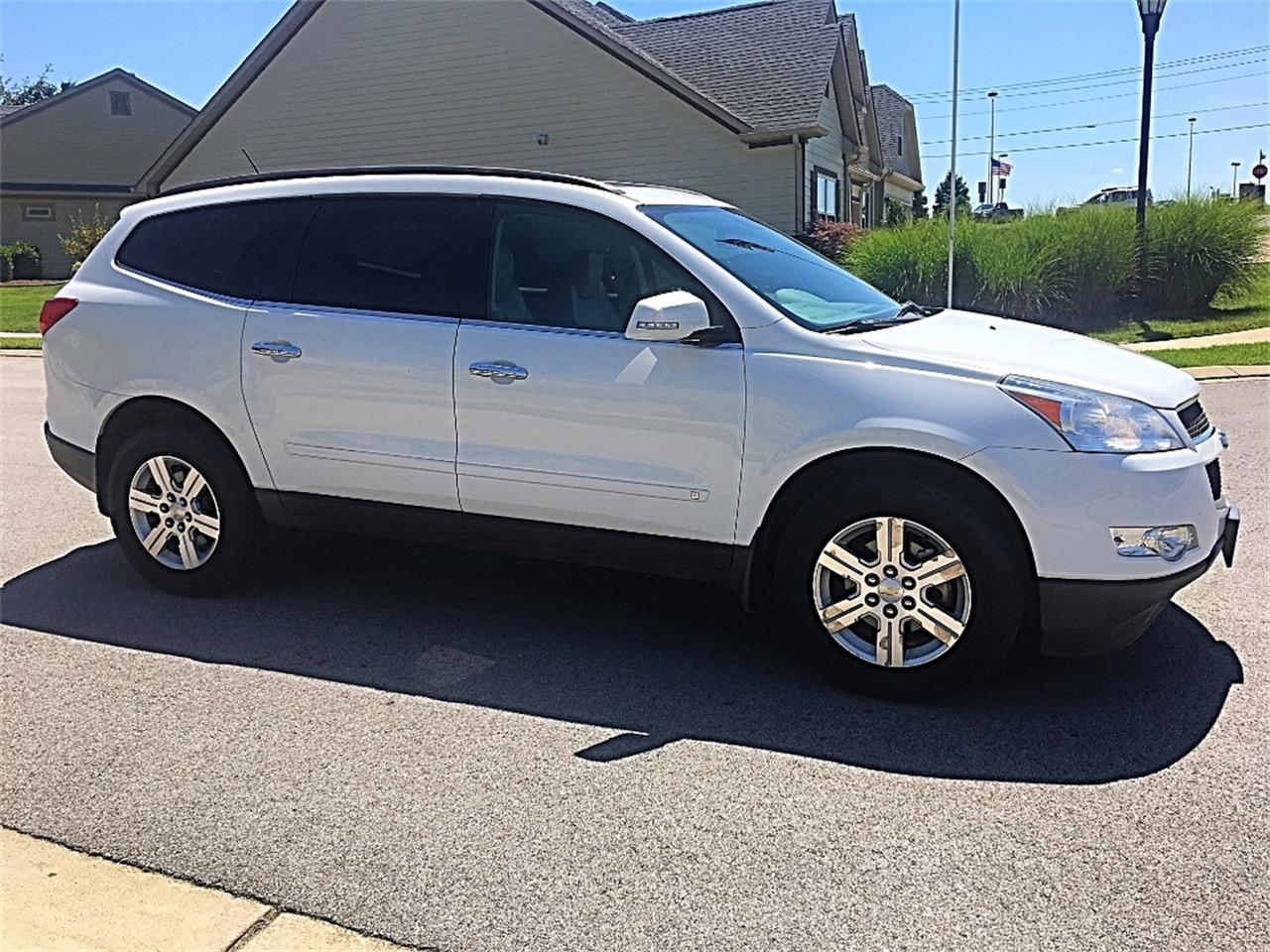 Large Picture of '10 Traverse - LF4N