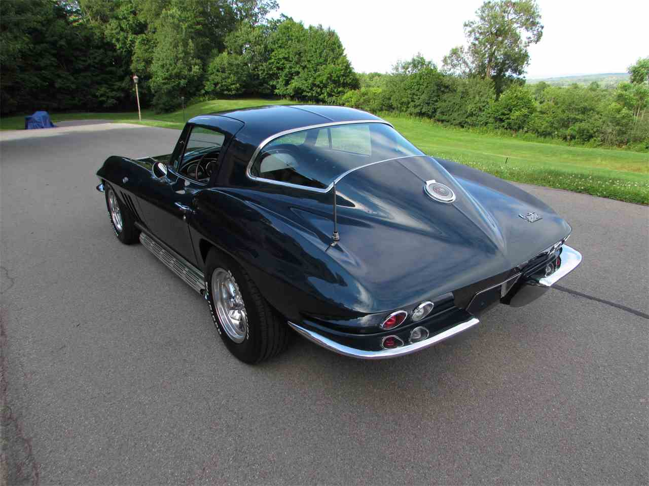 Large Picture of '66 Corvette - LF5K