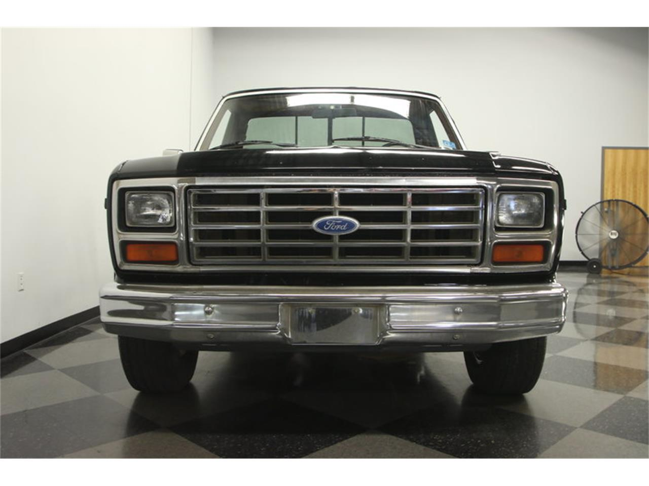 Large Picture of '85 Ford F-150 XLT Lariat Explorer - LFBW