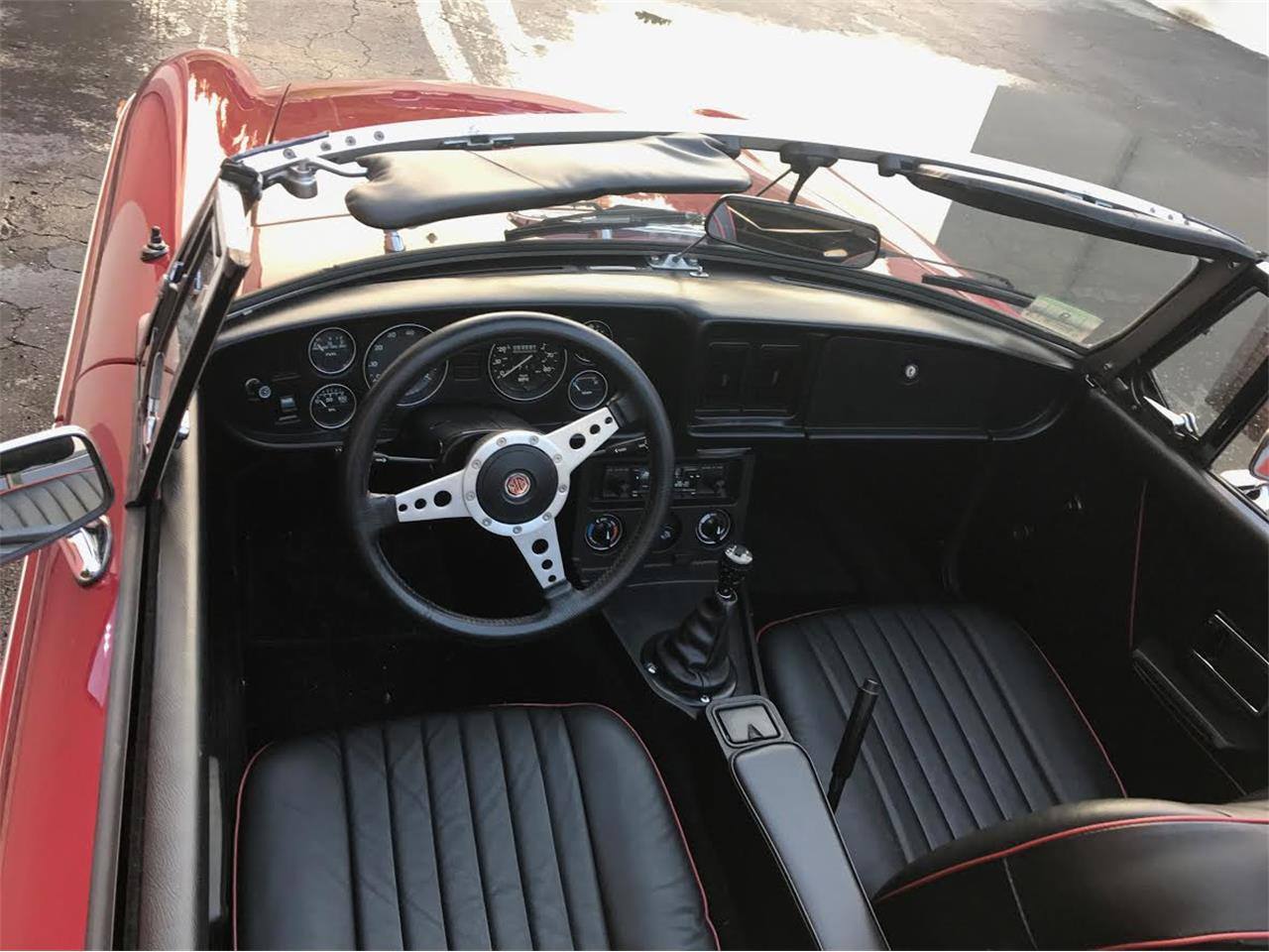 Large Picture of '80 MGB - LFCN