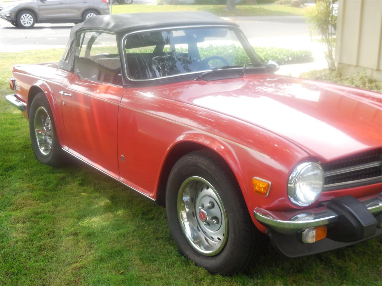 Large Picture of '74 TR6 - LFCV
