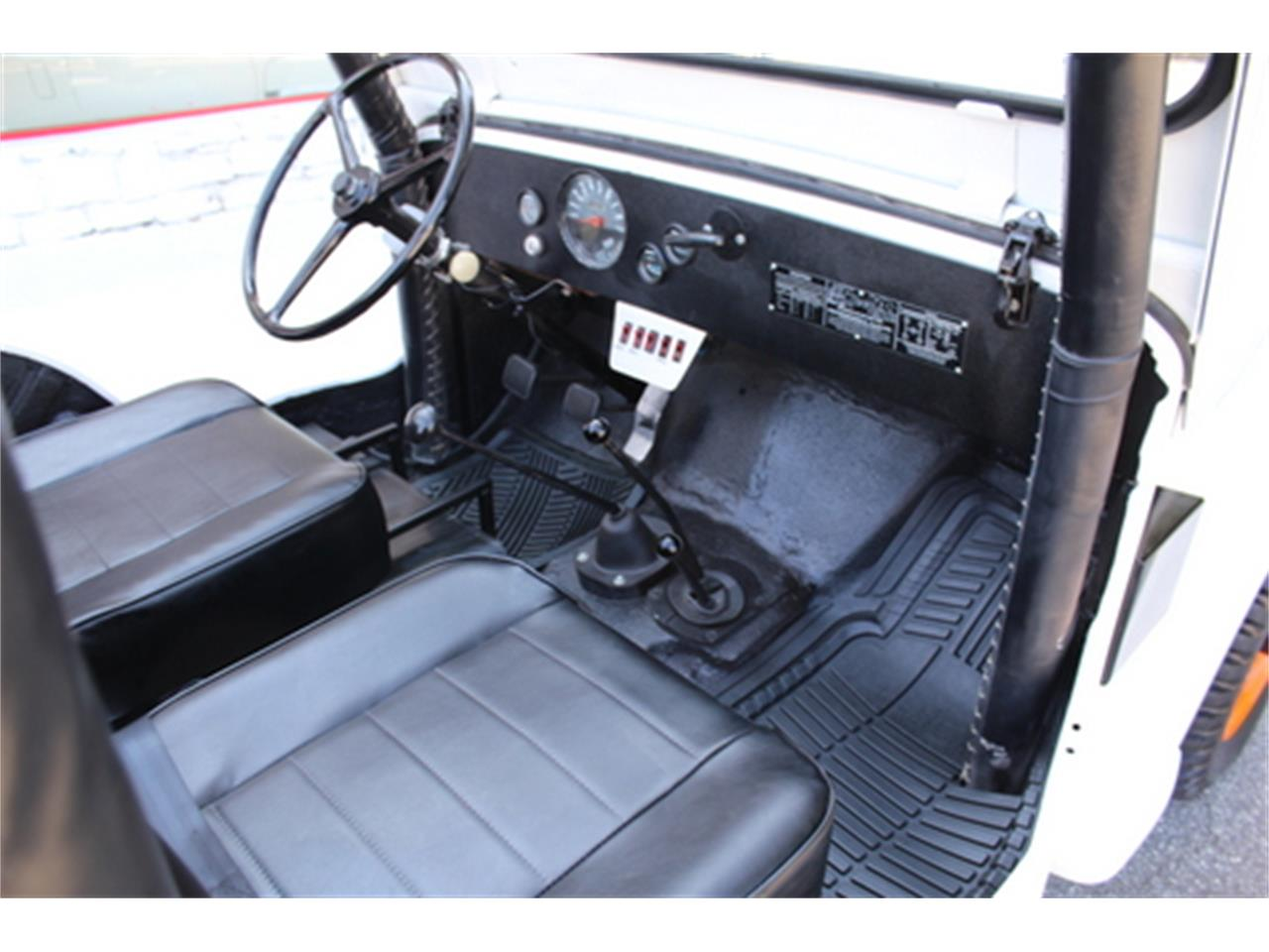 Large Picture of Classic 1962 Jeep Offered by Fraser Dante - LFCY