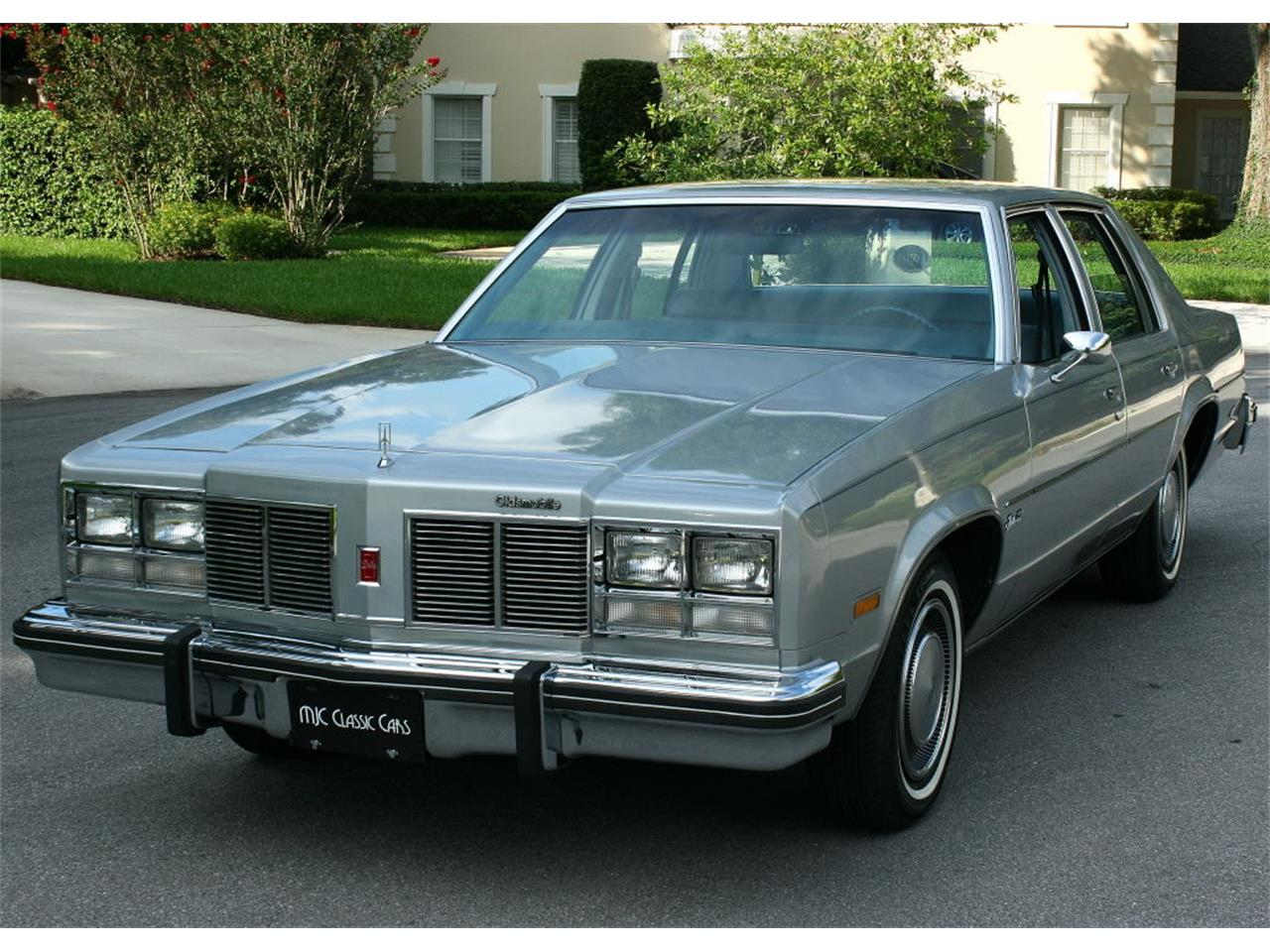 Large Picture of '77 Oldsmobile Delta 88 located in lakeland Florida - $12,500.00 Offered by MJC Classic Cars - LFEK