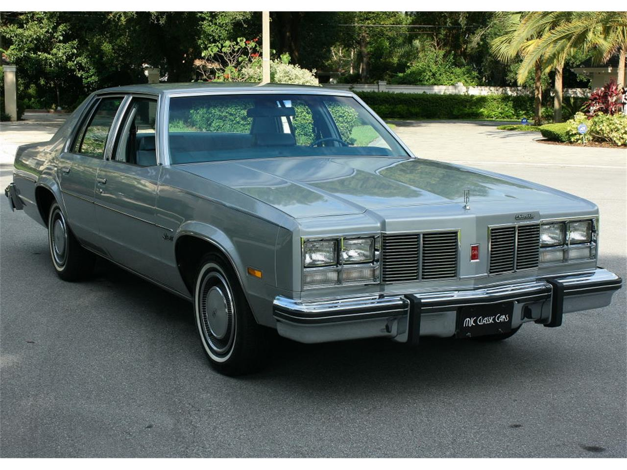 Large Picture of '77 Oldsmobile Delta 88 - LFEK